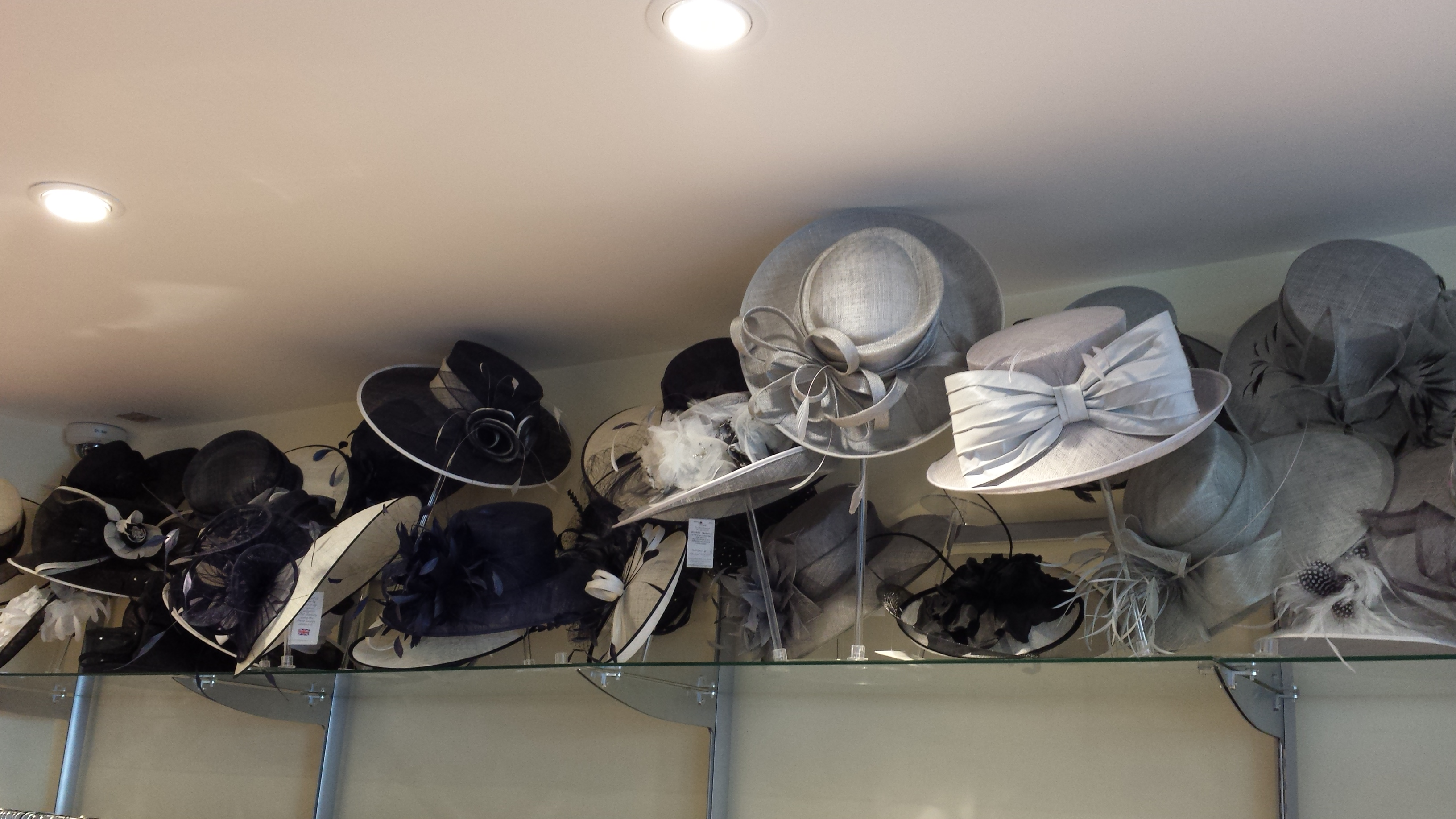 .Le Chic Boutique - mother of the bride hats