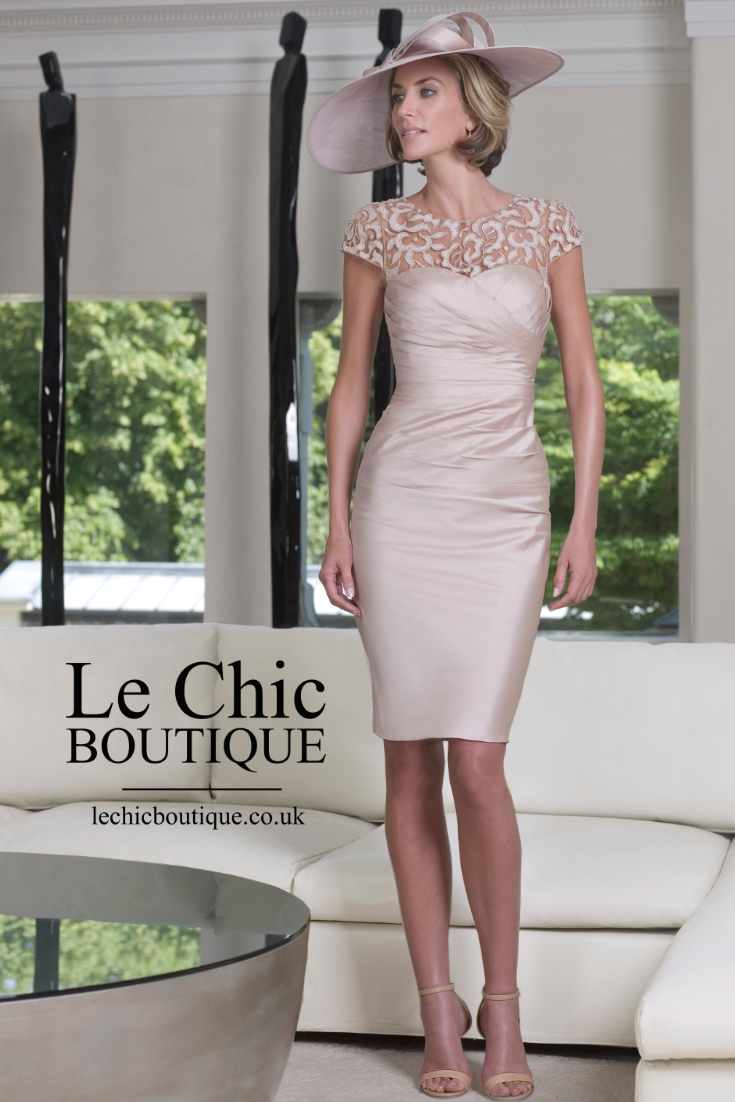 John charles plus sizes le chic boutique for Chic modern boutique