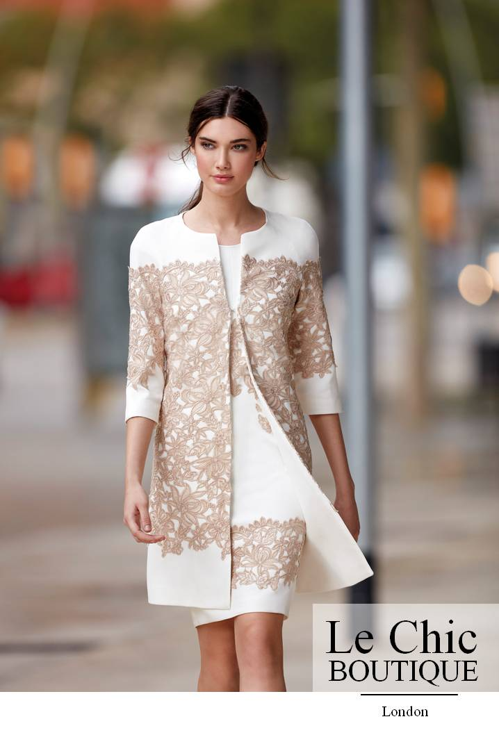.Carla Ruiz, style 94598