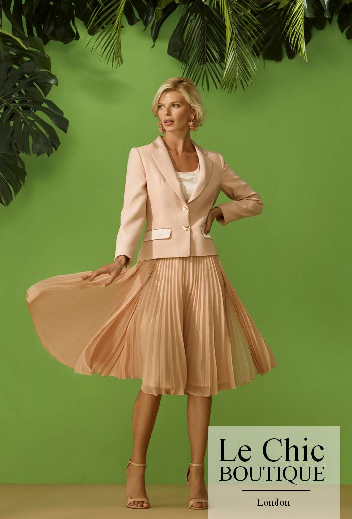 ..Carla Ruiz, style 96511, Pink